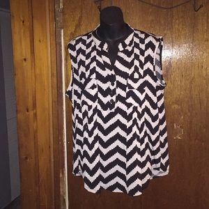 Women's top with pockets, size xl, cute print
